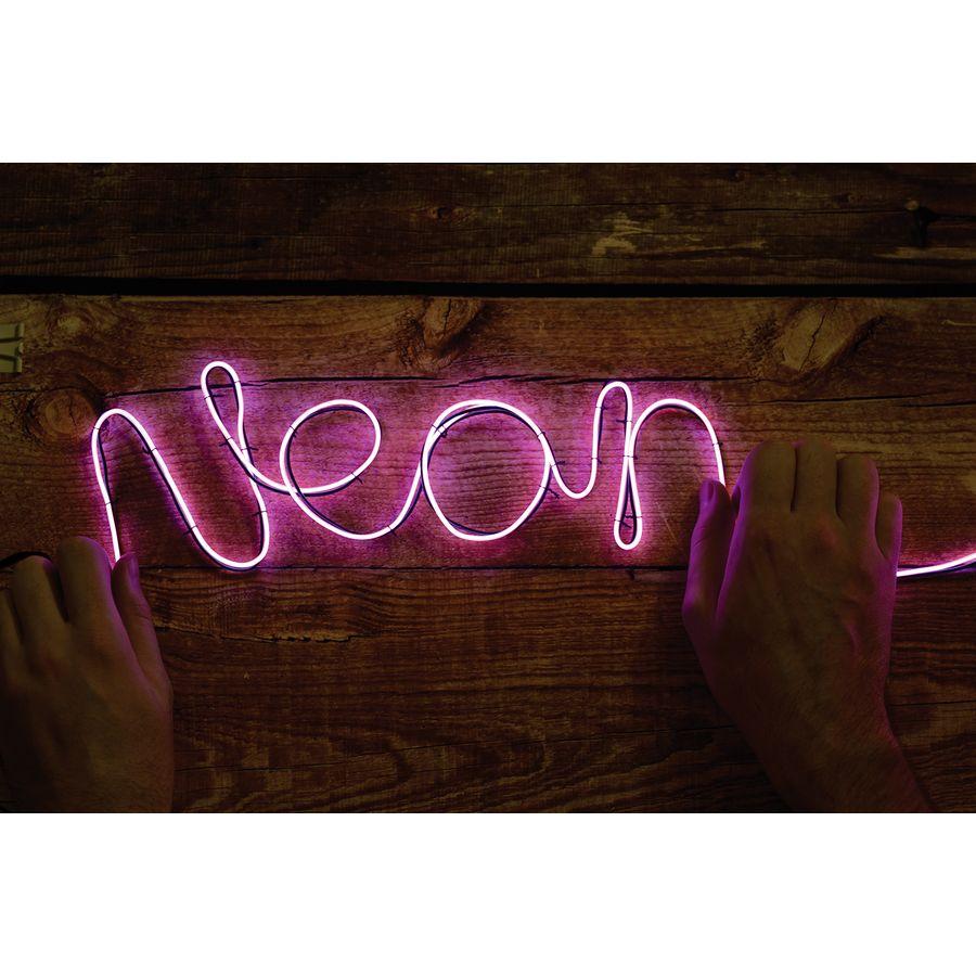 neonlicht effekt schriftzug diy neon leuchtreklame. Black Bedroom Furniture Sets. Home Design Ideas